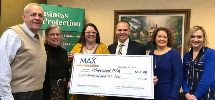 MAX Insurance Teams with Oakwood Insurance to Support Pinewood PTA Holiday Shopping Night